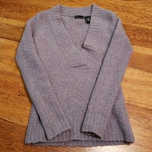 ♥️ Last Call! Going to yard sale!   Heavy sweater